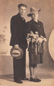 Weegen, Michiel van der & Elisabeth Helmons (trouwfoto 1947)
